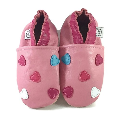 pink-hearts-shoes